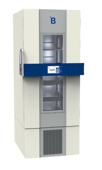 B Medical P500 medicijn / laboratorium koelkast DIN 58345 met glasdeur